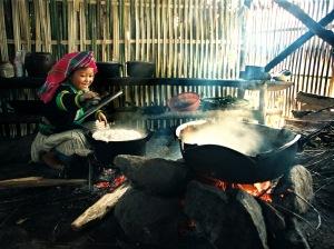 stockvault-warm-kitchen102493