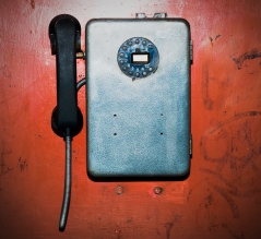 stockvault-old-phone125024