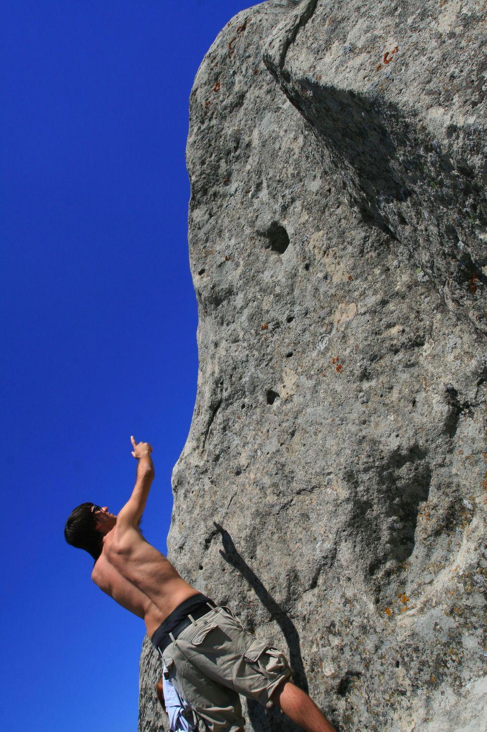 stockvault-climbing101831