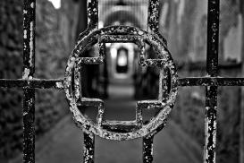 stockvault-prison-medical-ward-black-amp-white-hdr180984