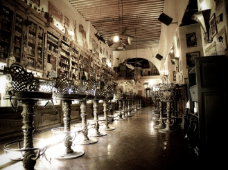 stockvault-mexican-bar111830