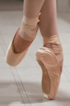 stockvault-ballet-dancer201282