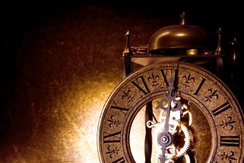 stockvault-clock-213530