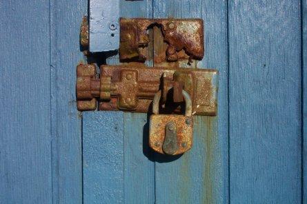 stockvault-rusted-lock96408