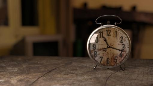 stockvault-old-clock190768
